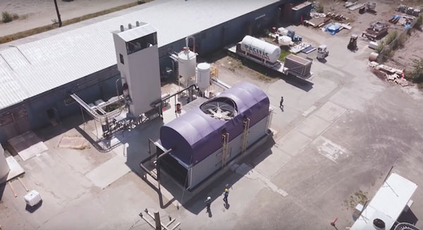 CE's direct air capture pilot plant in Squamish, B.C. Shown are the air contactor (foreground) and calciner (upper left)