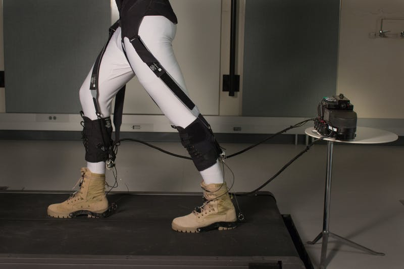 By isolating the beneficial effects of the soft exosuit, scientists can calculate the impact on the wearers' joints. (Image courtesy of Wyss Institute at Harvard University)
